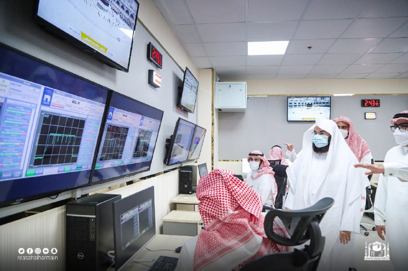 Read more about the article President Sudais inaugurated Arafat Sermon Translation Center