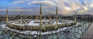 Read more about the article Prophet's Mosque to open doors to public from Sunday